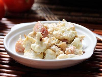Huevos revueltos con panceta y coliflor