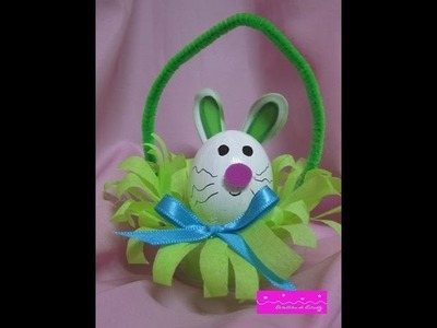 "Manualidades:""Conejo de Pascua"". relleno con confites de colores"