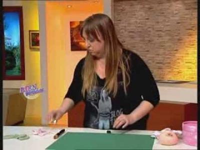 Silvia Nieruczkow - Bienvenidas TV -  Crea una caja con flor en muñecos soft