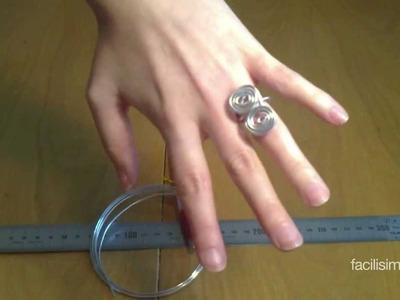 Cómo hacer un anillo de alambre de dos espirales | facilisimo.com
