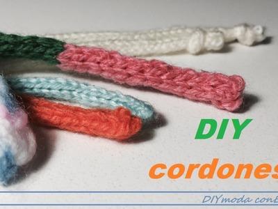 Cómo tejer cordones en dos agujas