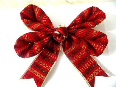 Moños navideños fáciles de cuatro pétalos en cintas