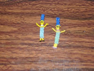 Cómo hacer a Marge Simpson con chaquira.