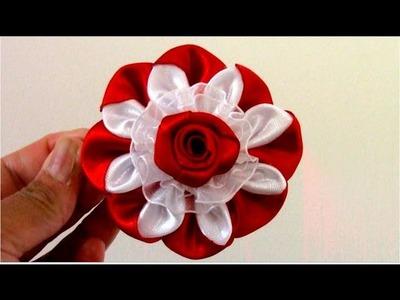 Flores exóticas de dos colores en cintas de raso y organza