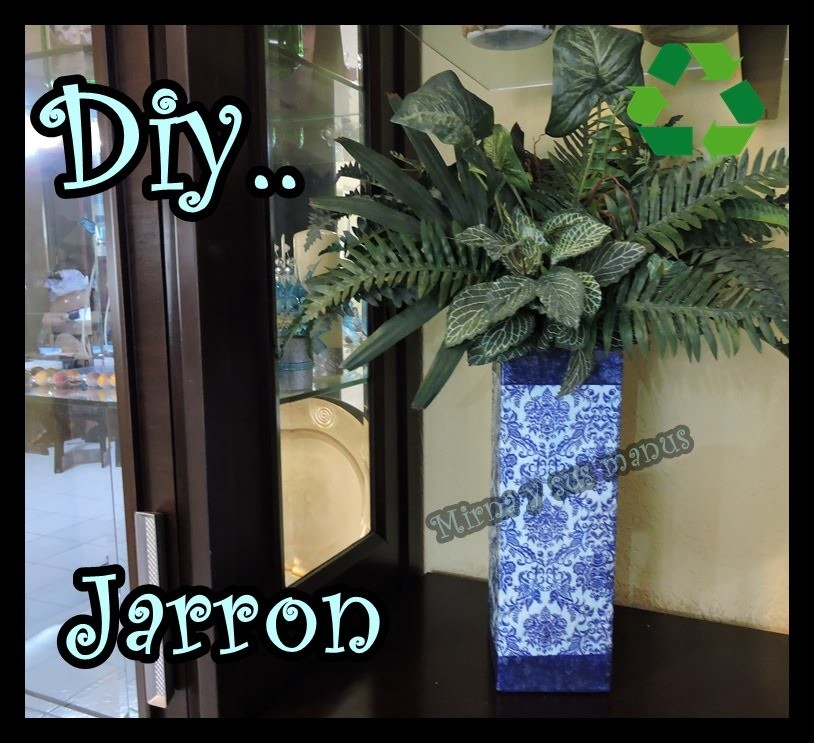 Como realizar un jarron de Carton. How to make a vase of cardboard