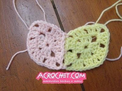 Como debemos unir tejiendo dos rombos a crochet de 2 hileras