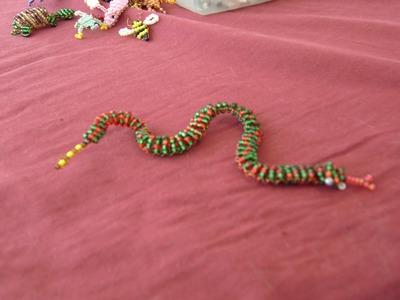 Cómo hacer una Serpiente en chaquira 1 de 2.
