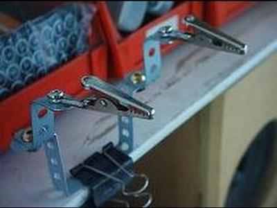 Improvisando Herramienta en El taller electronico 1: clamps para soldar componentes