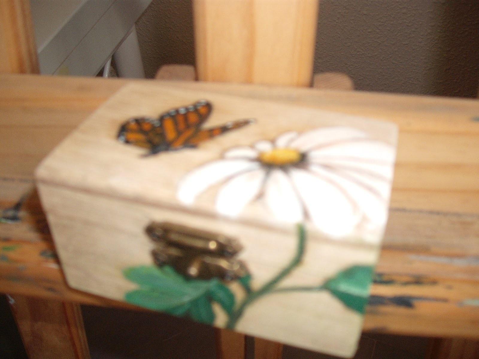 Decoracion cajita de madera