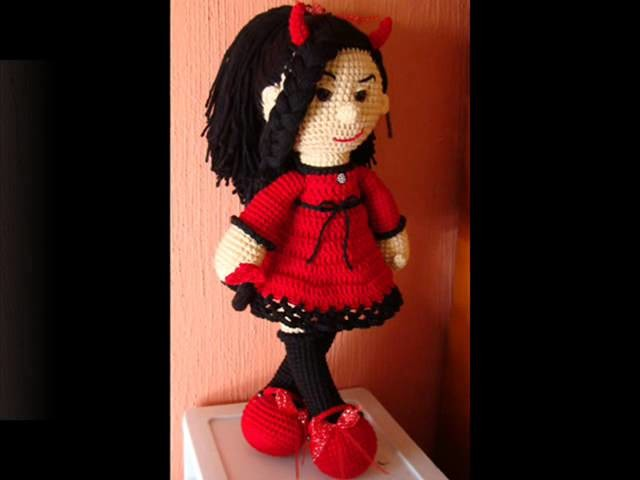 Evil Doll Amigurumi