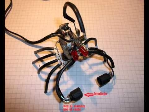 Video 2: Como armar un robot Escorpibot de Mimoks. how to build an Escorpibot robot by Mimoks