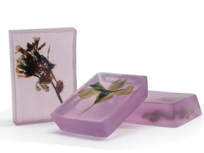 Hacer Jabón de Flores Prensadas