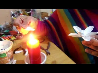 Flores recicladas con cucharas descartables para el dia de las madres