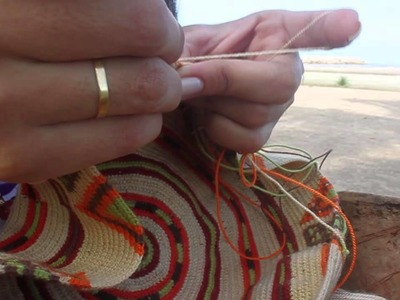 Así se hace una Mochila Wayuu