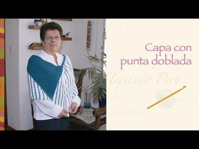 Capa abierta con punta doblada tejida en dos agujas o palitos