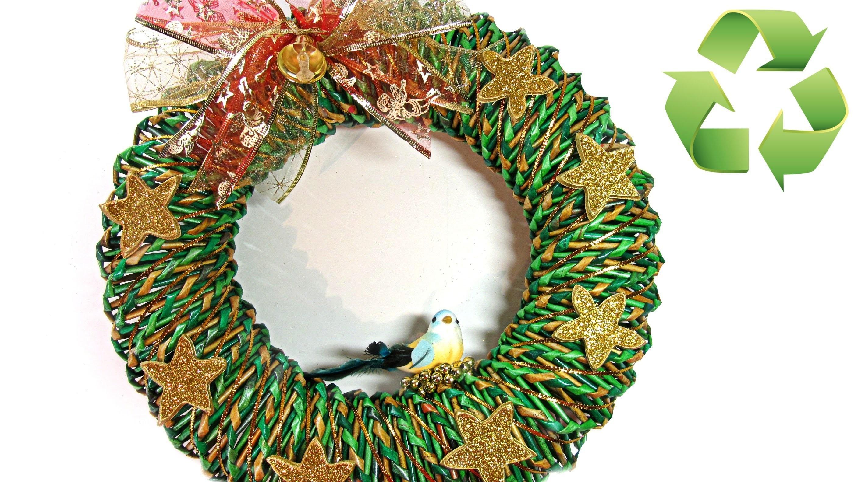 Como hacer una corona de Navidad de papel. Christmas ornament.
