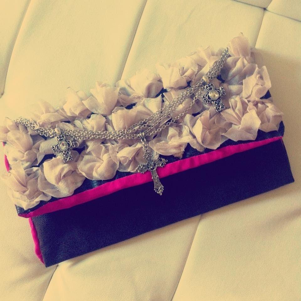 DIY ♡ Clutch purse. Hand bag (CARTERA CON FLORES)