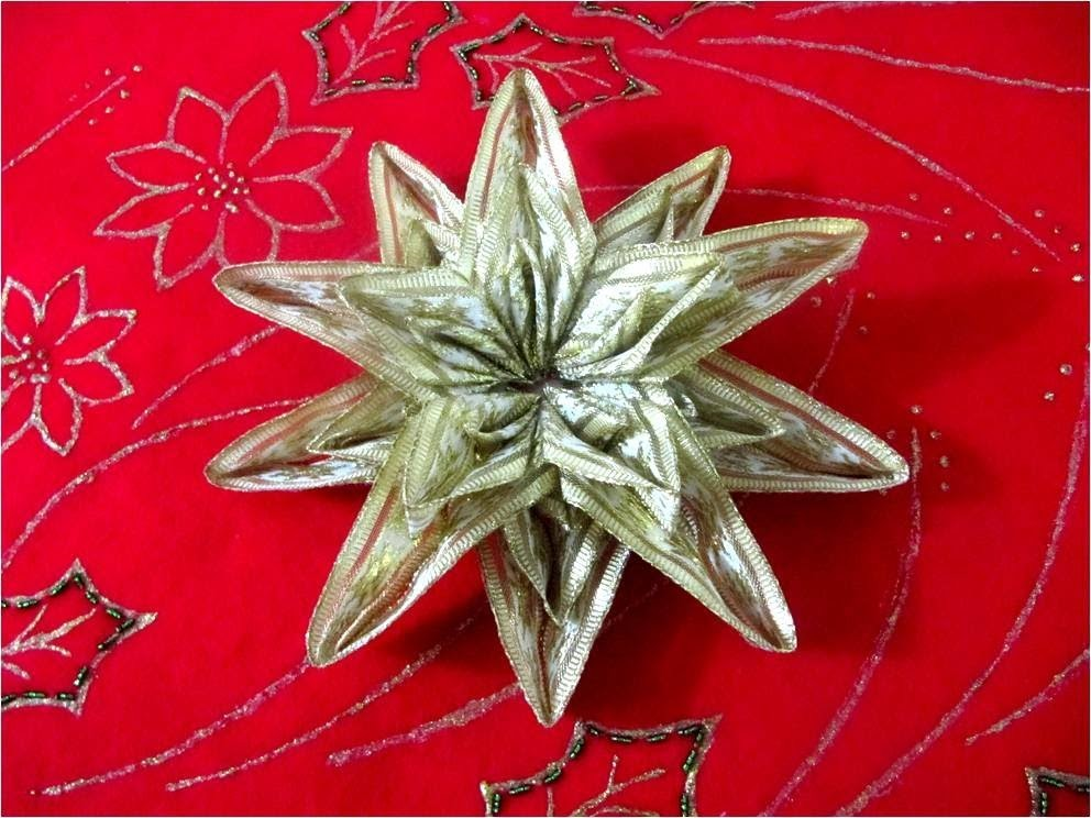 Moños Estrellas Navideñas brillantes seis capas  en cintas - Christmas bows stars