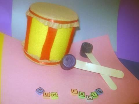 Como hacer un tambor de juguete con materiales reciclados