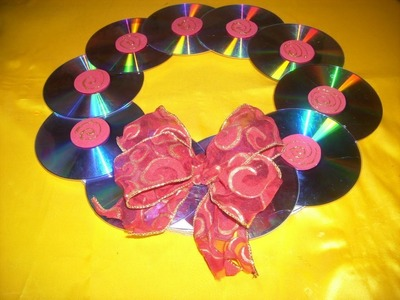 Corona Navideña con Cd´s (Reciclaje)
