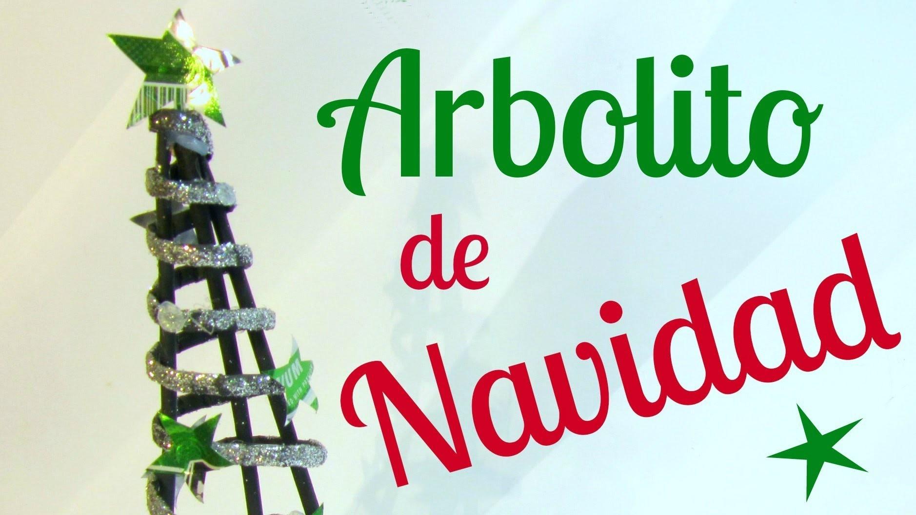 Reciclaje: Arbolito decorativo navideño. Decorative Christmas tree