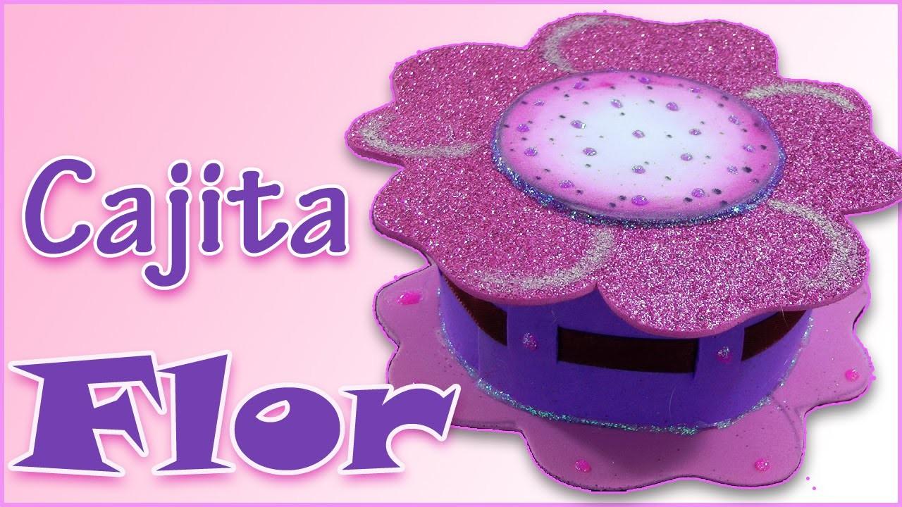 Manualidades para regalar: Cajita Flor de goma eva - Manualidades para todos