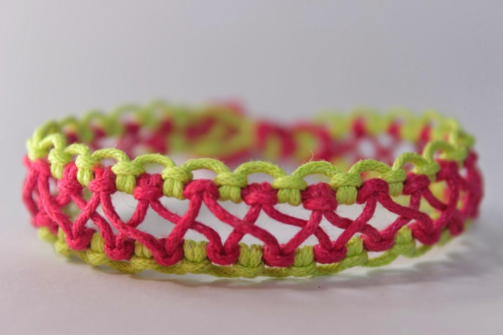 Como hacer una pulsera macrame con nudos cruzados |modelo en X Es.PandaHall.com