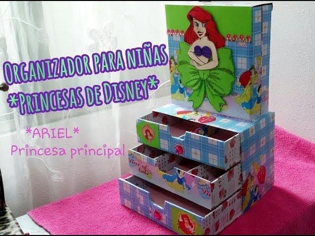"Organizador de niñas ""Princesas de Disney por Fantasticazul"
