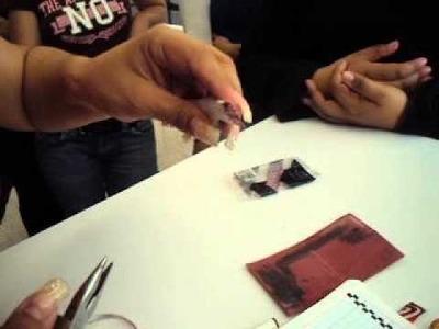 Cómo hacer una plumilla para caligrafía con una lata de refresco.