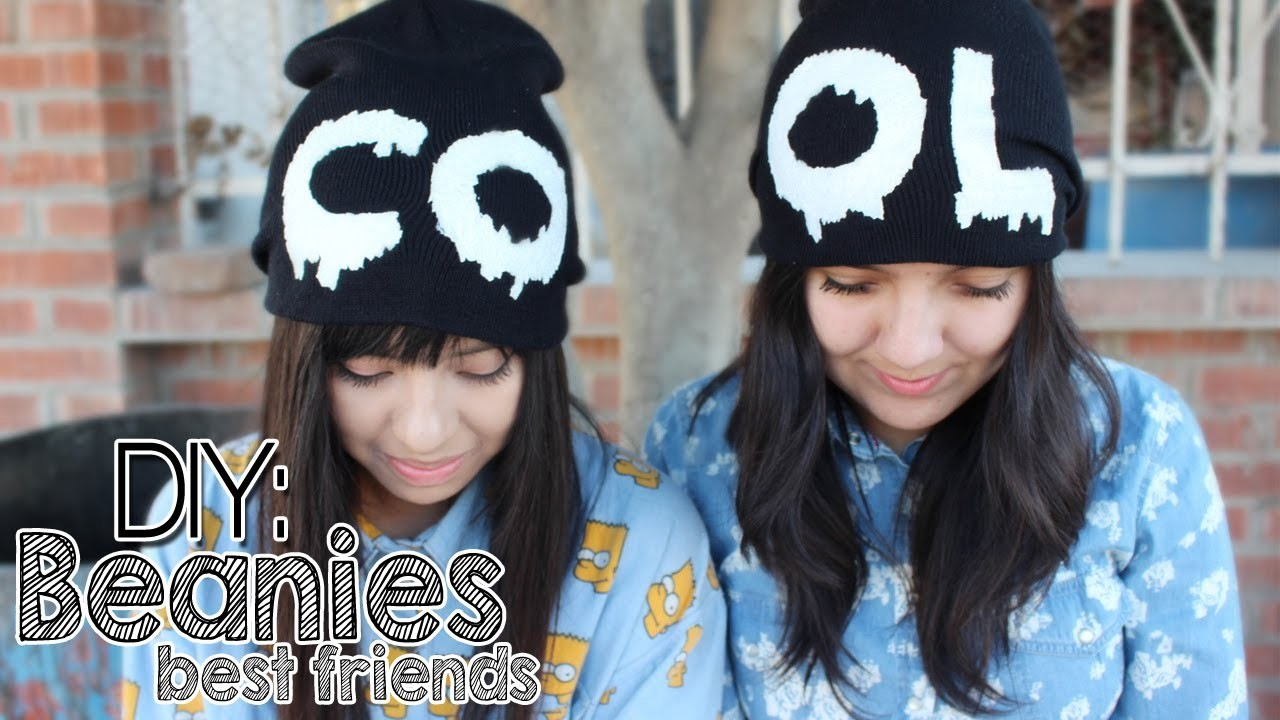 DIY: Couple beanies «Best Friends»