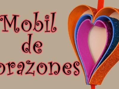 Móvil de corazones - Manualidades para todos