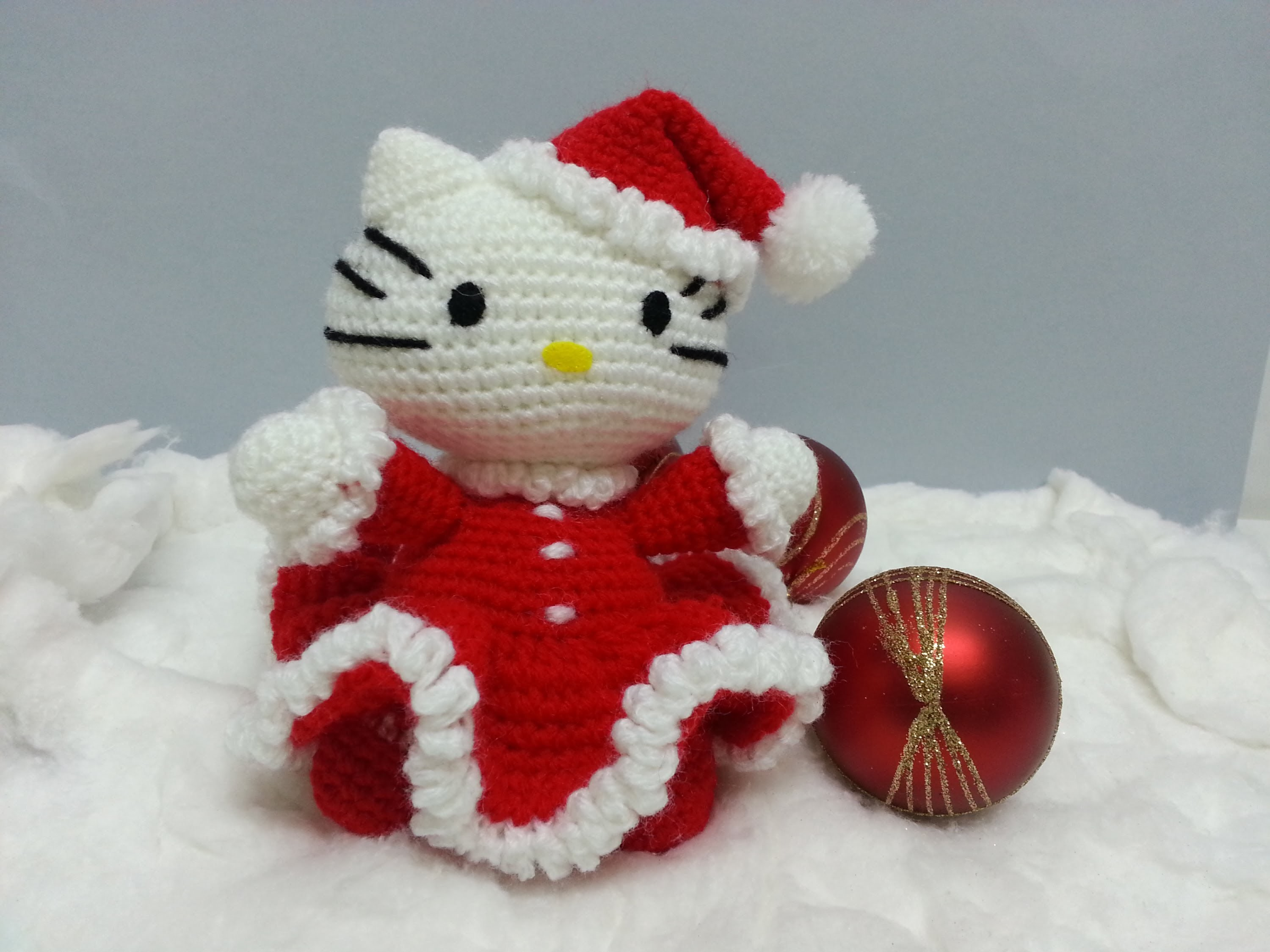 Tutorial amigurumi Hello Kitty Noel - Brazos