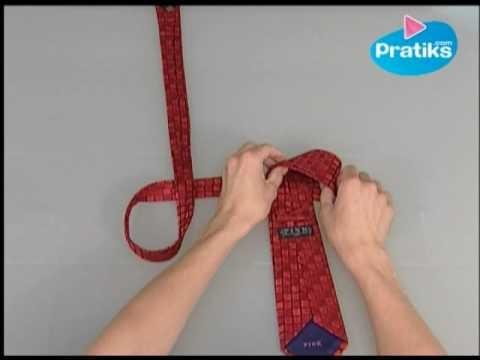 Cómo hatar una corbata en menos de 10 segundos