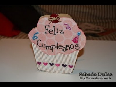 Tarjeta de cupcake para invitación o tarjeta de cumpleaños