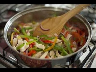 FAJITAS de POLLO con Vegetales. muy fácil de preparar.