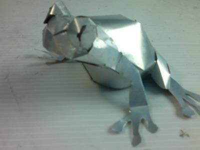 Ranita hecha con latas de aluminio tutorial
