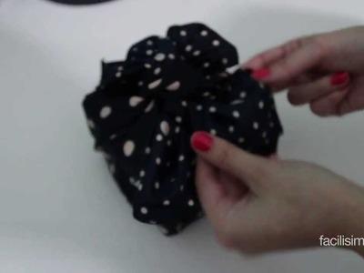 Cómo envolver dos cajas con un pañuelo | facilisimo.com