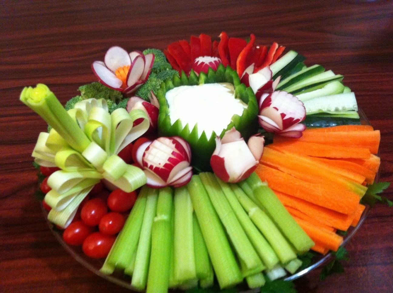 Plato de vegetales - Como hacer una flor con un puerro - La receta de la abuelita