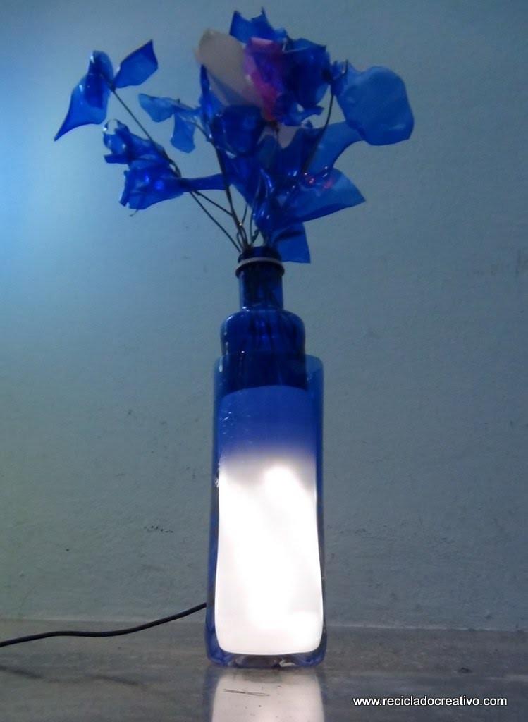 Cómo realizar una lámpara de sobremesa con dos botellas de plástico - lamp out of recycled bottles