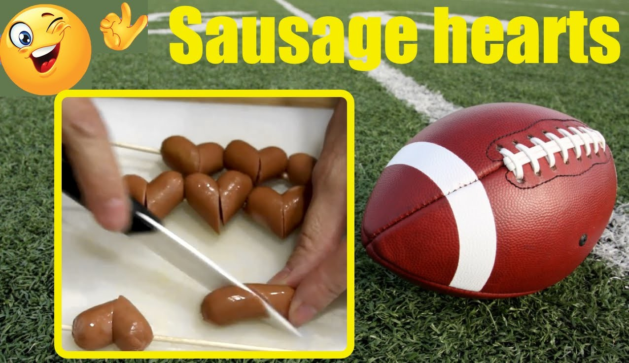 Salchichas en forma de corazón. Heart sausages