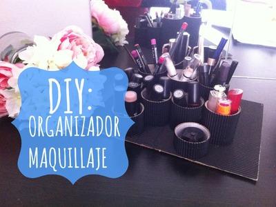 DIY: Organizador de maquillaje con rollos de papel | Sarahslook