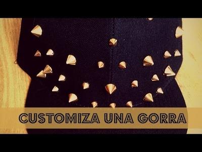 DIY: Customiza una gorra con Tachuelas.Pinchos dorados