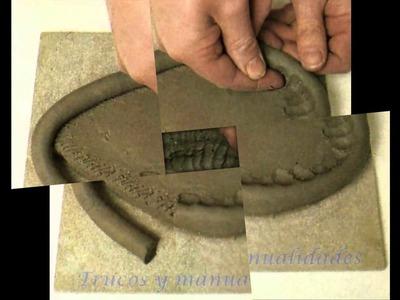 Cómo hacer vasijas con rollos de arcilla