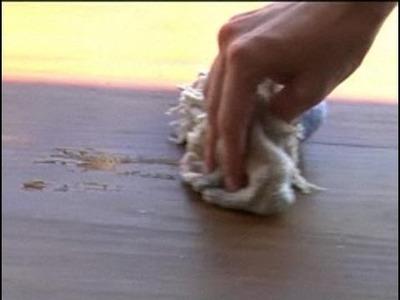 Cómo quitar manchas en la madera