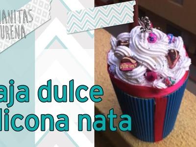 Caja Dulce Decorada con dulces y silicona