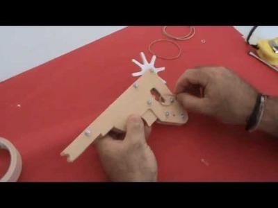 Arahal  Como hacer una pistola a gomas  Rubber band Gun  Ramos