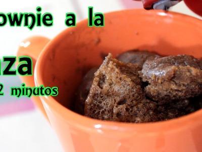 Brownie a la taza en 2 minutos, recetas sin horno - Manualidades Fáciles