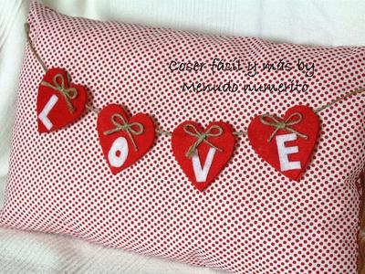 Cojín reversible para San Valentín o Navidad
