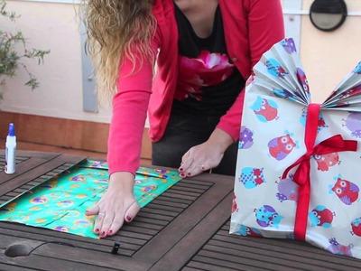Cómo hacer bolsas de regalo personalizadas. Adornos de navidad reciclados.