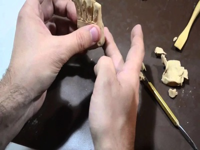 Modelado de una mano abierta con plasticera